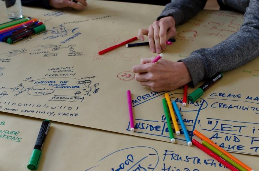 ¿Qué es la iniciativa emprendedora intergeneracional?